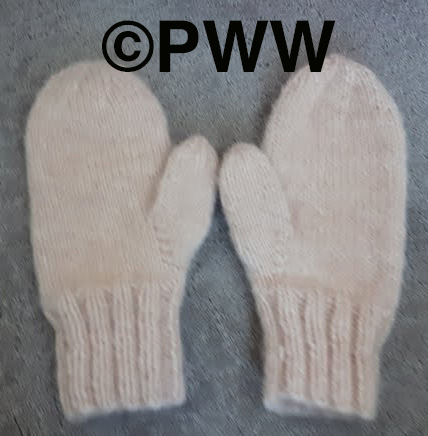 Linda's knit mitts